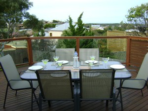 3-Balcony-Table-set-DSC07062